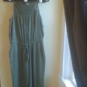 NWT Olive Green Jumper Jumpsuit Romper Sz M